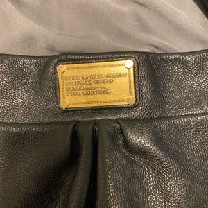 Marc By Marc Jacobs Accessories - Marc Jacobs classic leather hobo bag